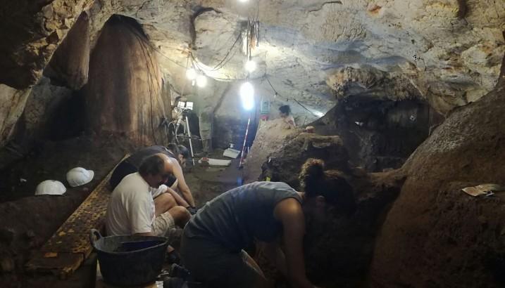 El MARQ inicia la campaña de excavaciones en la Cueva del Randero de Pedreguer
