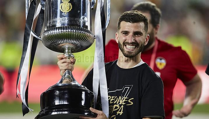 La peña Valencianista Jose Luis Gayà expondrá el próximo 27 de octubre la copa del Rey 2018/2019