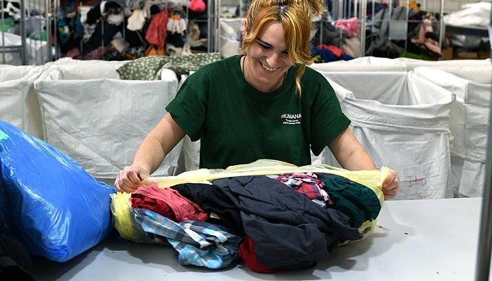 Fundació Humana recupera a Pedreguer durant 2019 més de 24 tones de tèxtil per a un fi social