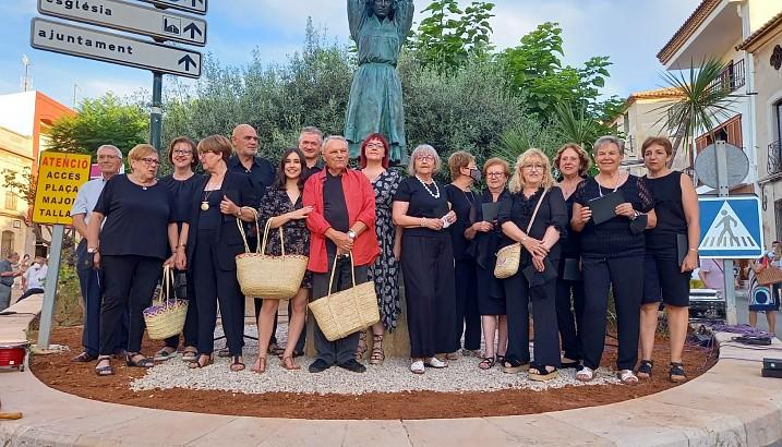 Pedreguer tanca l'Homenatge a les Barxeres amb la inauguració del monument de Jere G. Cerveró