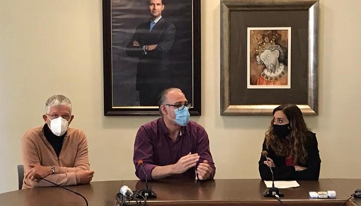 La Secretària Autonòmica de Sanitat, Isaura Navarro, visita Pedreguer
